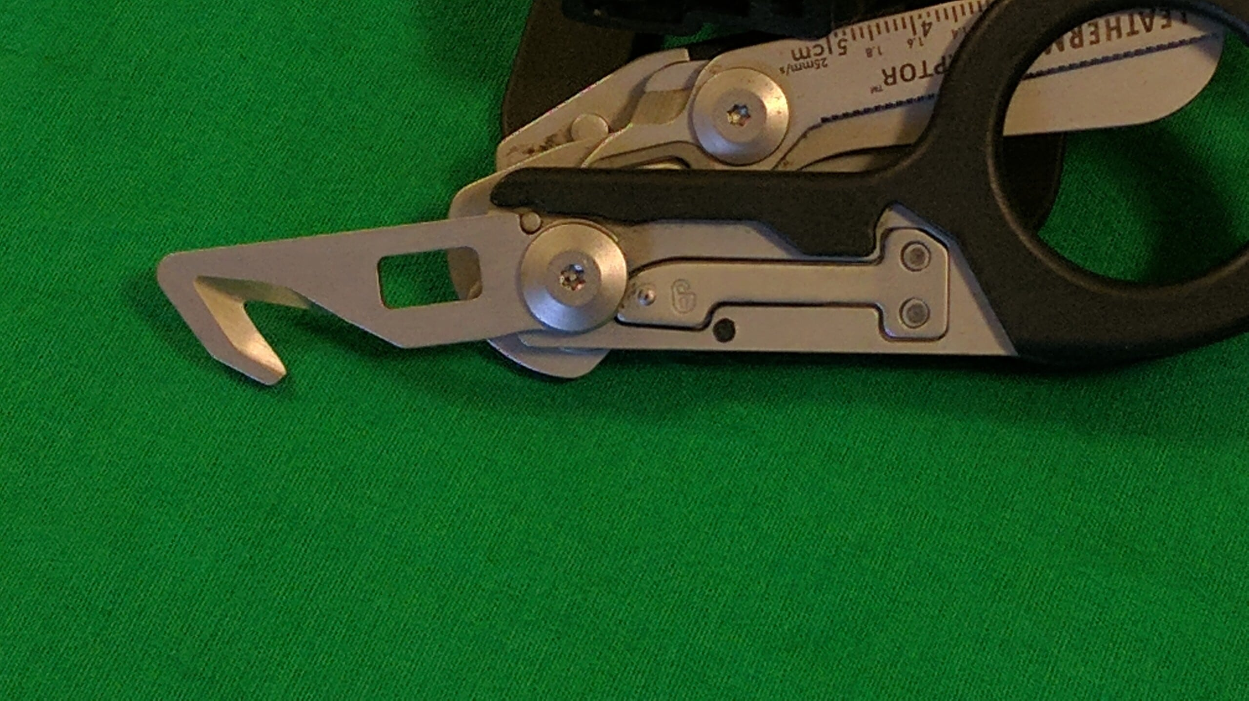 Raptor Cutter and Wrench